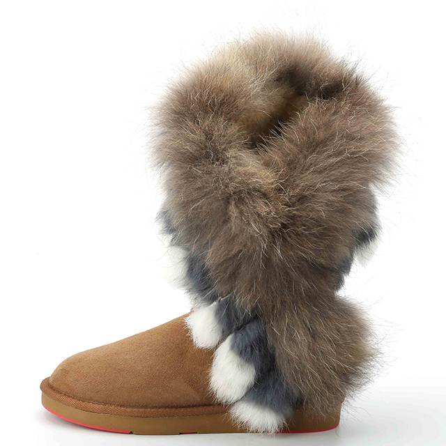Free samples factory direct luxury <strong>boots</strong> 2018 new fashion winter snow <strong>boots</strong> women raccoon fur decorated <strong>boots</strong>