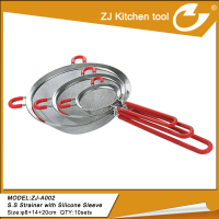 Kitchen tool Stainless steel colander with silicone handle