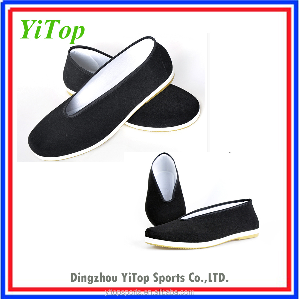 Chinese traditional martial arts shoes , kung fu shoes