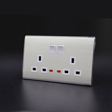 Custom wholesale top sell 2 gang 3 pin uk plug with socket