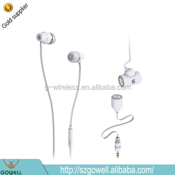 In-Ear Style Wired Communication Earphone Magnetic Headphone for Couples