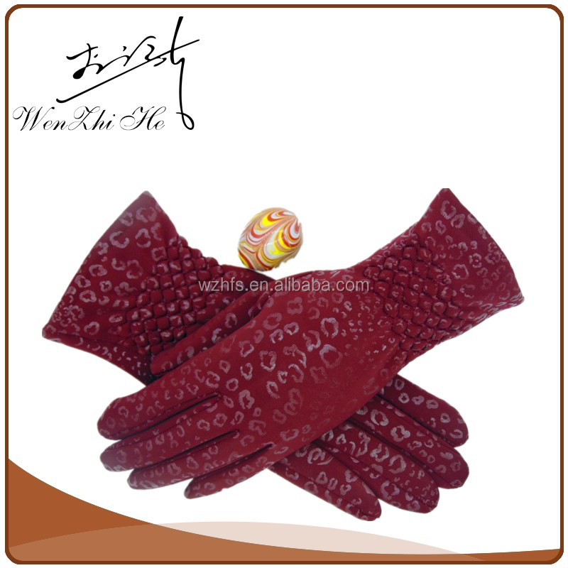 Handmade Factory Price Water Proof Colored Golf Gloves
