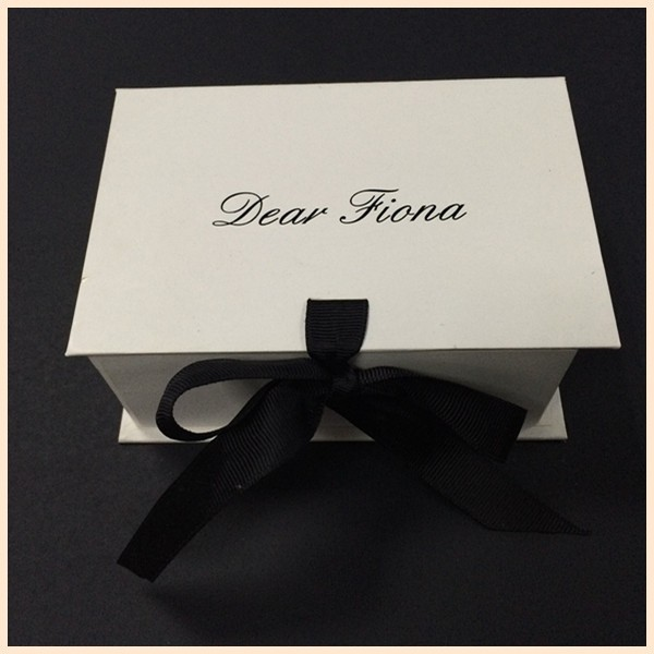 No Risk Purchasing For Simple Luxury Custom Design Rectangle Gift Clothes Paper Box Packaging
