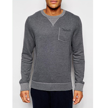 Fashion quality crewneck sweatshirt with pocket