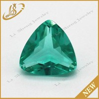 Synthetic fat triangle green diamond cut glass gems