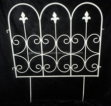 short metal garden fence painted white outdoor lawn edging decorative iron fence,wire fence,metal fence