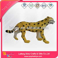 Nice and interesting dog house plastic toy for kids