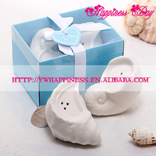 The Ocean Style A Pair Of Conch Ceramic Shell Salt And Pepper Shaker Wedding Favors and Gifts