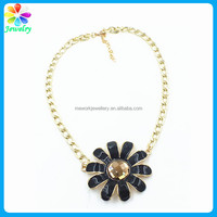 New York Gold-Tone Flower Black Enamel Alloy Necklace Pendant Wholesale Price Beaded gold necklace