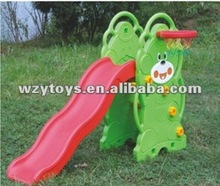 Indoor plastic cheap children bear slide with basketball ring