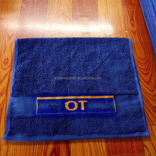 Personalized custom logo 100 % cotton yarn dyed woven jacquard sports towel velour beach towel bath golf towel