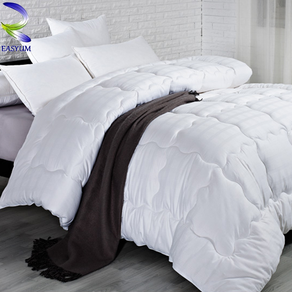 Fashion Hotel Bed Comforter Wholesale Winter Thick Comforters