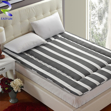 Popular Luxury Down Sleeping Bag Fill Nude Bedding Sets Mattress