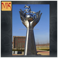 Outdoor Stainless Steel Sculptures
