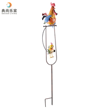 Metal Spring Garden Stick Ornament Steel Stake with Metal Hen and Chick Sculpture