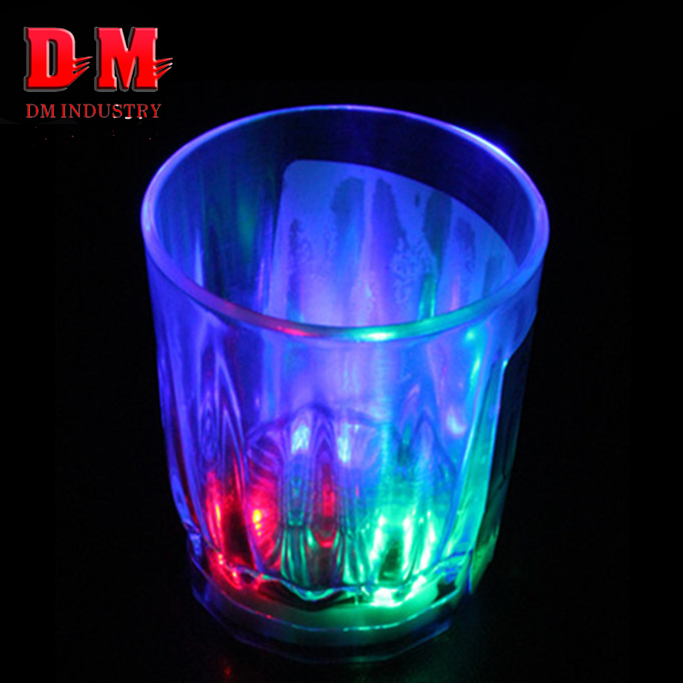 New products Christmas party Round 2oz led beer shot plastic glass cup