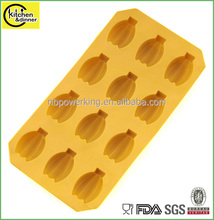 factory directly colorful banana shape ice cube tray