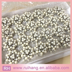 2018 new style brooch large amounts of pearl brooch for wedding invitation cards decoration