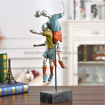 New design resin football player desk decoration accessory