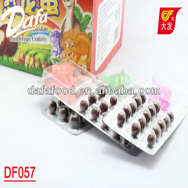 Dafa Hot brands of chocolate beans with dinosaur toy