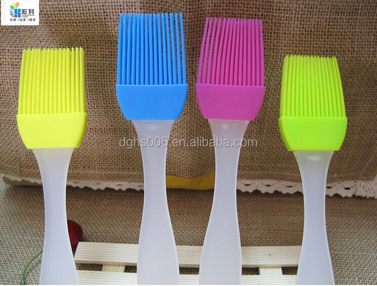 Detachable oil absorbing brush / silicone oil brush for cooking /Food Grade cleaning brush for kitchen using