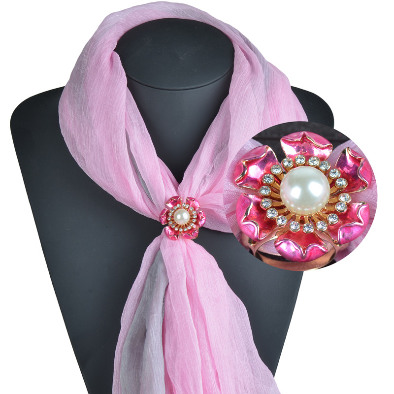 Impressive Hand Paint Imitation Pearl Flower Scarf Brooch Buckle Fashion Scarf Clip Accessories SJ00009