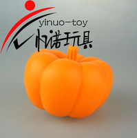 Plasitc PVC toy vinyl pumpkin toy cute vinyl cartoon pumpkin for Hallowmas 7.5*7.5*6.5 cm