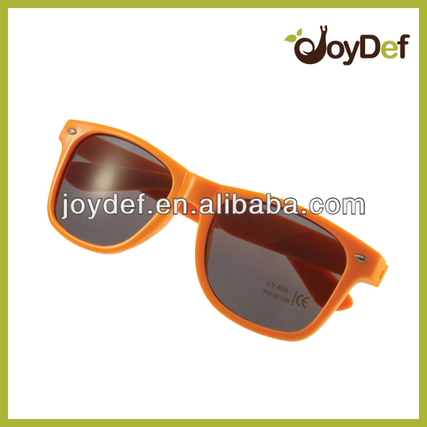 Custom plastic orange sunglasses for Netherlands with EN1836 for promo gifts