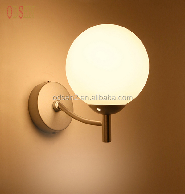 <strong>Modern</strong> Glass LED Light Source Bedside Wall Lamp For Home/Hotel/Hall