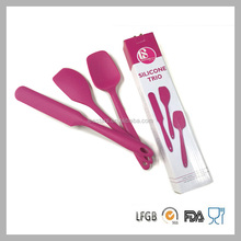 3pcs in 1 food grade silicone baking tool set with one short spatula one long spatula one scraper one
