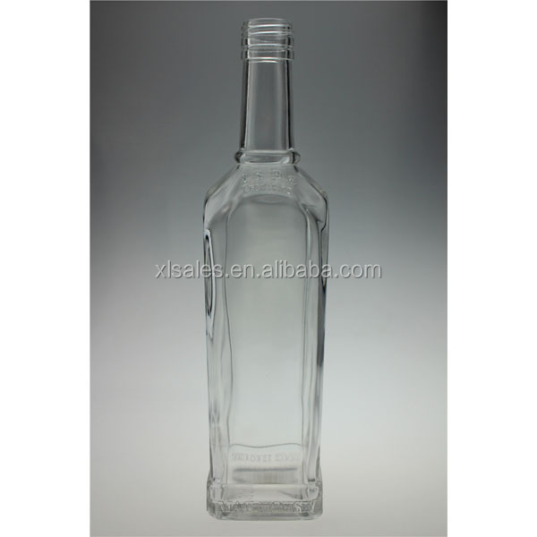 SPIRITS TRANSPARENT 750ML MINERAL WATER BOTTLE