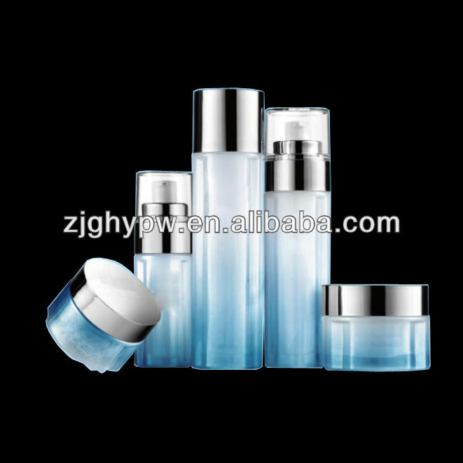 Cosmetic glass bottle with dispenser pump cap