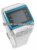 "1.4"" quad band single sim watch mobile phone Q5"