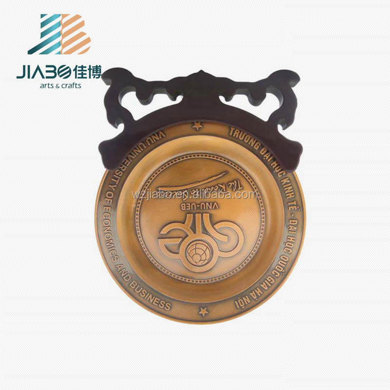 JiaBo high quality 3D custom antique brass metal Souvenir Plate with wood bracket