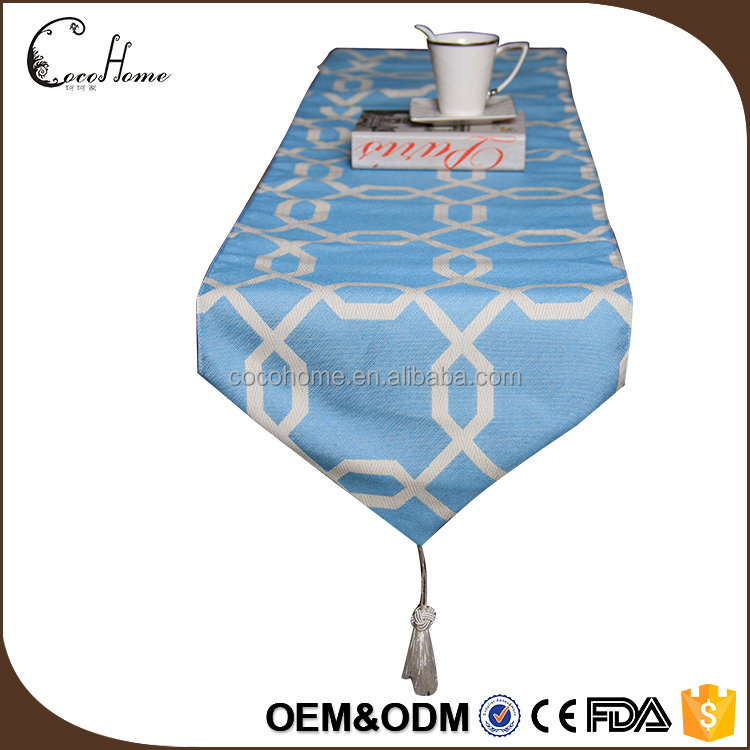 Hot selling popular jacquard cheap geometry blue table runner