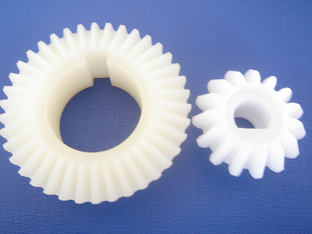 Factory Main Mold Products Manufacturer Custom High Precision Pom Plastic Spur Gear For Electric Motor