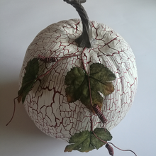 Hot Sale white craft pumpkins with leaves