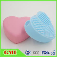 New Arrival Christmas promotional Silicone heart shape makeup brush cleaner glove