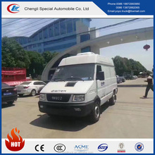 CLW high end refrigerated truck 4x2 2 tons 3 tons refrigerated minibus with top set -15 degree celsius cooling unit