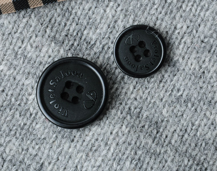 4 Holes Black Natural Corozo Jeans Button with Logo Engraved on in Size 24L&32L