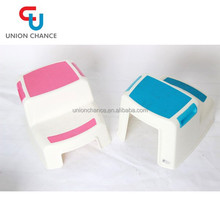 Hand-held Cheap Outdoor Plastic Folding Stool for Traveling