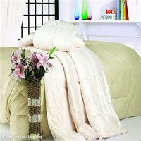 dust ruffle quilt with quilted hotel bedspread