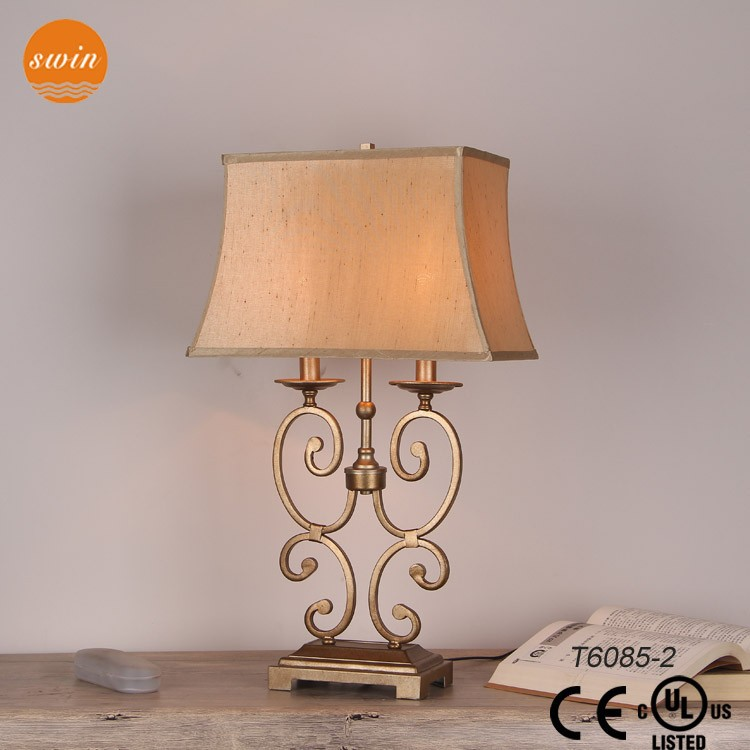 Zhongshan light classic candle 2-lights antique wrought iron table lamp for hotel T6085-2