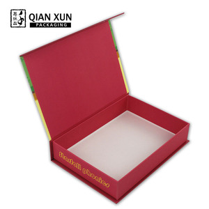 Custom Luxury Small Paper Decorated Christmas Gift Boxes With Lid and Ribbon