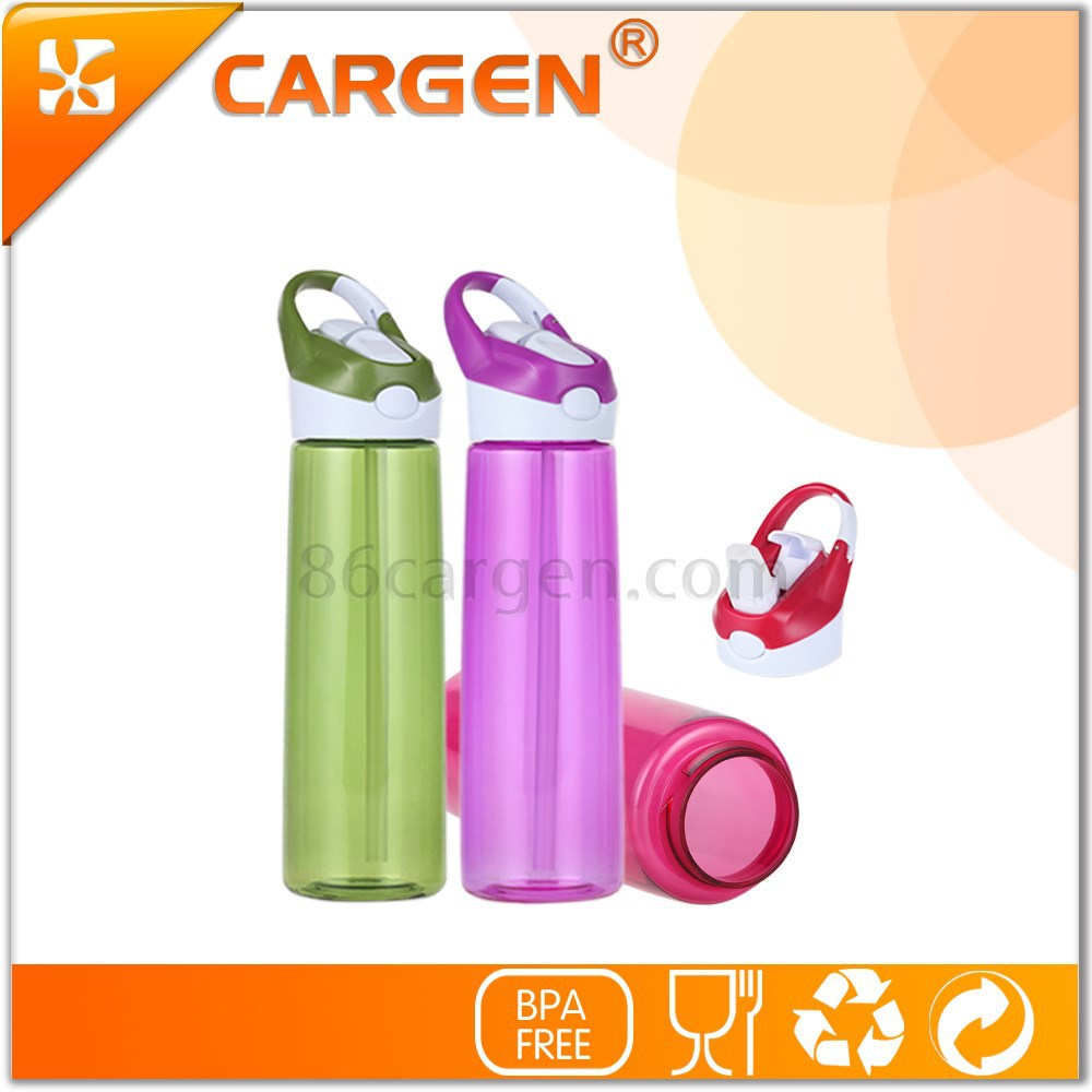 High tech sport product large capacity plastic water bottle with straw