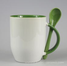 360ml Green And White Two Tone Color Glazed Artwork Personalised Ceramic Coffee And Tea Mugs With Spoon Models Sets