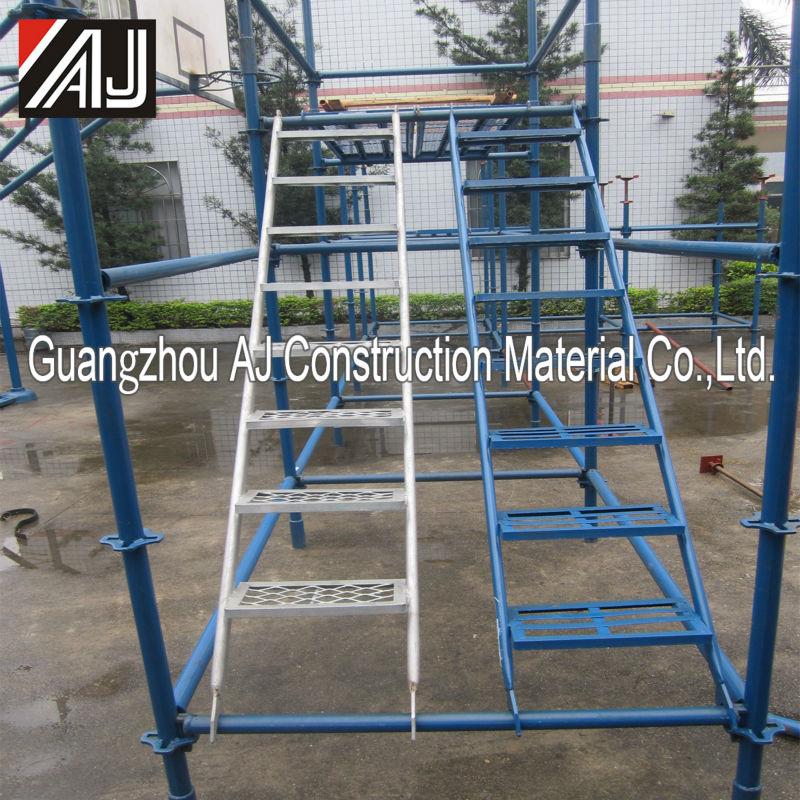 Paso escalera de hierro de construcci n de andamios for Construccion de escaleras de hierro