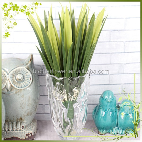 Wholesale cheap lifelike artificial plastic plant decor grass home garden landscape