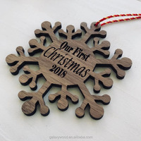 wholesale custom natural Wood Christmas Snowflake Ornaments for gift