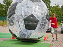 hot sale Inflatable bubble pvc walking zorb ball on the grass
